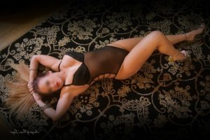 Liah escort girls